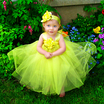 FTT-Yellow-Gown-400