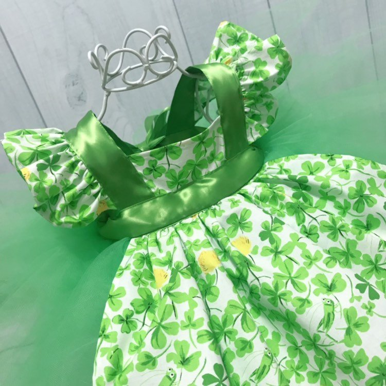 St.Patrick's Day Green & White Tutu Dress Pinafore Apron Tulle Gown Flutter Sleeves Baby Girl Photo Prop 1st Birthday Party Special Occasion
